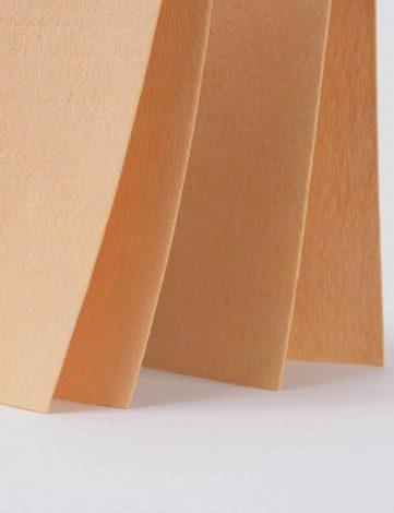 Koch Chemie Laveta Imitatie Piele 54x44cm - ajuta la uscarea rapida a suprafetelor. Este ideala pentru stergerea masinii dupa spalare!